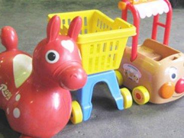 Used Plastic Toys